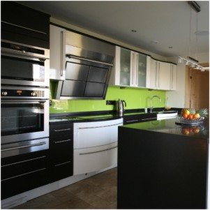 Coloured Glass Splashbacks and Panels - Hereford Glass Ltd